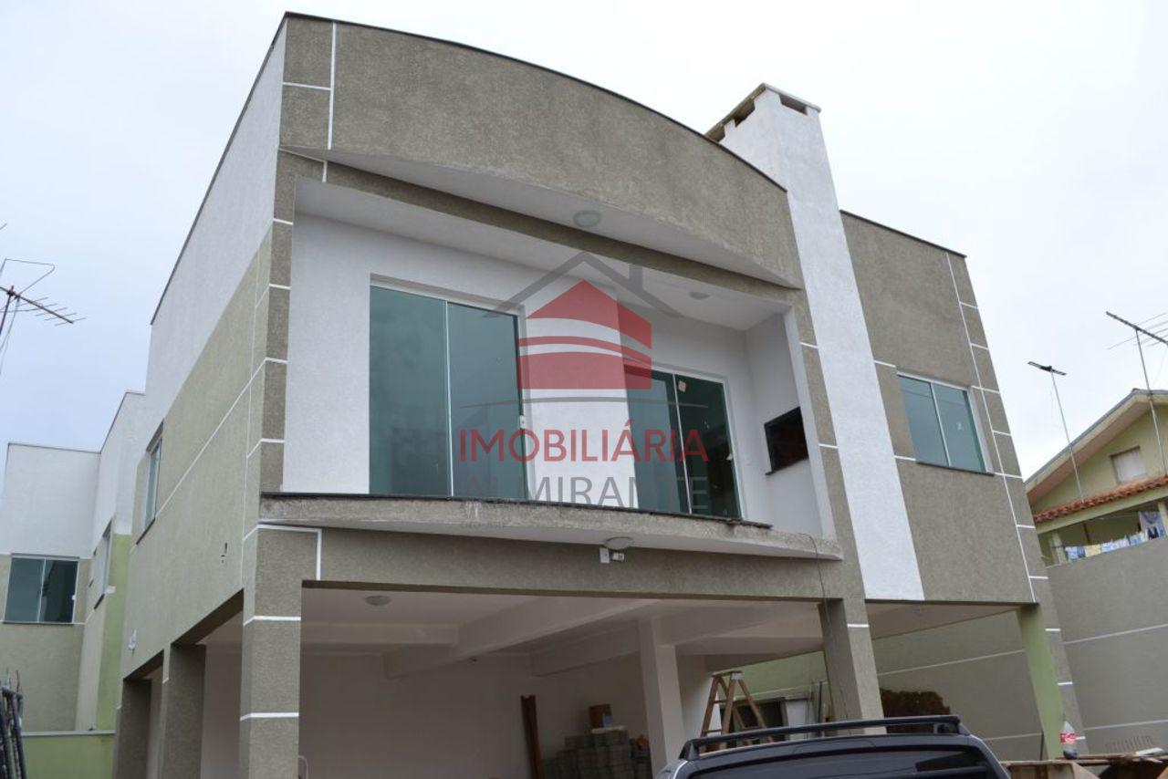 Apartamento em Excelente Localização
